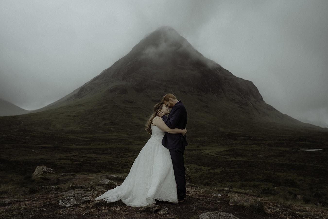 claire-juliet-paton-photography-elopement-wedding-adventure-intimate-destination-unique-scotland-ireland-usa-canada-new-zealand-iceland-about-reduction-