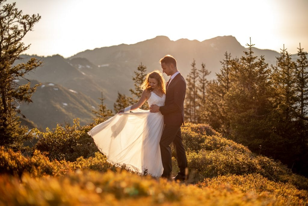 026-mountain-elopement-wedding-austria-wild-embrace-sunset-photography-elope-intimate-outdoor-mountain-ceremony-adventure