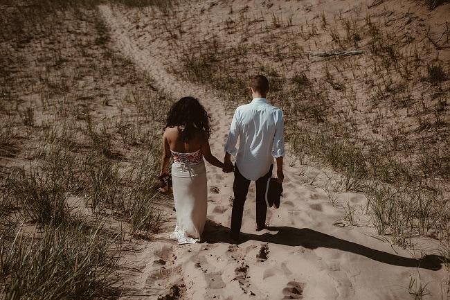 105-Eliot-Lupita-Wedding_Lume-Photography-elopement-destination-michigan-harbor-elope-usa-beach-summer-outdoor-intimate-ceremony