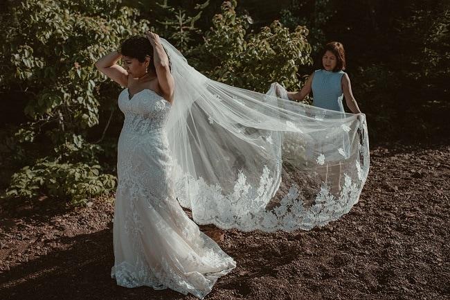 169-Eliot-Lupita-Wedding_Lume-Photography-elopement-destination-michigan-harbor-elope-usa-beach-summer-outdoor-intimate-ceremony