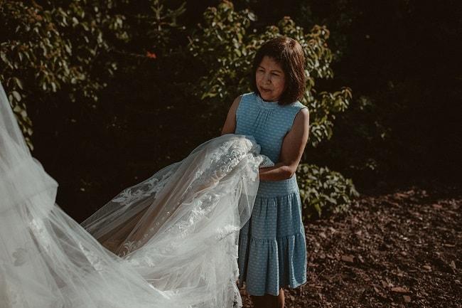 172-Eliot-Lupita-Wedding_Lume-Photography-elopement-destination-michigan-harbor-elope-usa-beach-summer-outdoor-intimate-ceremony