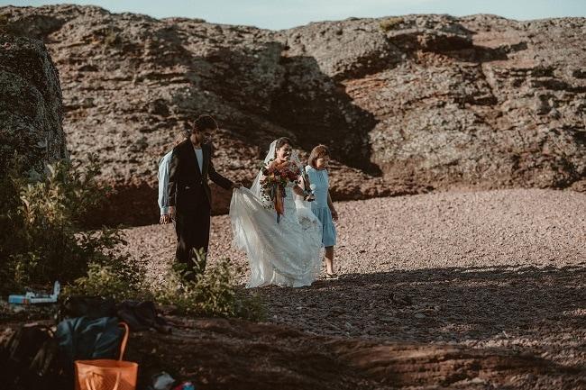 188-Eliot-Lupita-Wedding_Lume-Photography-elopement-destination-michigan-harbor-elope-usa-beach-summer-outdoor-intimate-ceremony