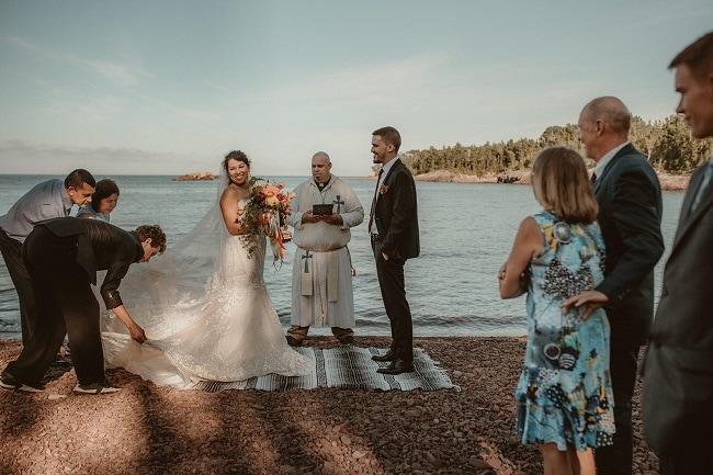 200-Eliot-Lupita-Wedding_Lume-Photography-elopement-destination-michigan-harbor-elope-usa-beach-summer-outdoor-intimate-ceremony