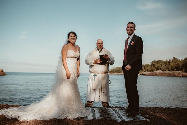 257-Eliot-Lupita-Wedding_Lume-Photography-elopement-destination-michigan-harbor-elope-usa-beach-summer-outdoor-intimate-ceremony