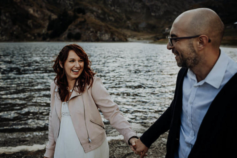 26-adventure-elopement-wedding-photographer-alps-dolomites-italian-Italy-Engagement-Destination-elope-Wedding-mountain-packages-outdoor