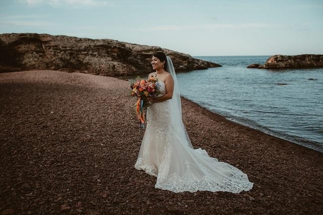341-Eliot-Lupita-Wedding_Lume-Photography-elopement-destination-michigan-harbor-elope-usa-beach-summer-outdoor-intimate-ceremony