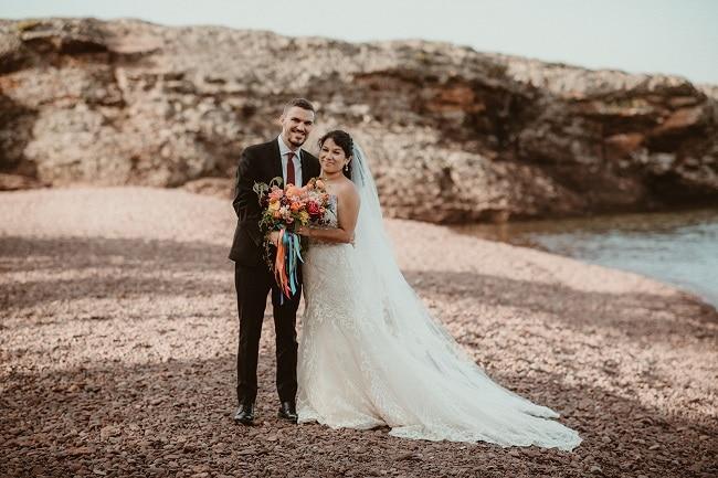 358-Eliot-Lupita-Wedding_Lume-Photography-elopement-destination-michigan-harbor-elope-usa-beach-summer-outdoor-intimate-ceremony