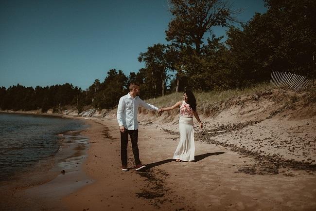51-Eliot-Lupita-Wedding_Lume-Photography-elopement-destination-michigan-harbor-elope-usa-beach-summer-outdoor-intimate-ceremony