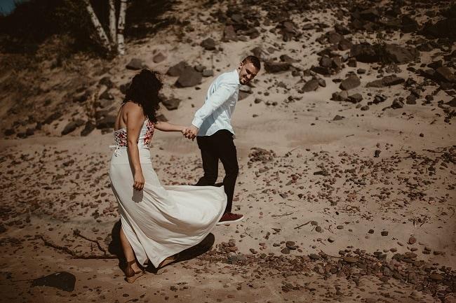 64-Eliot-Lupita-Wedding_Lume-Photography-elopement-destination-michigan-harbor-elope-usa-beach-summer-outdoor-intimate-ceremony