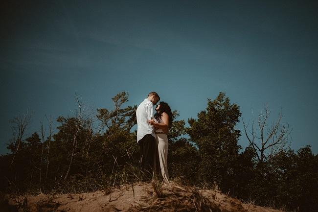 77-Eliot-Lupita-Wedding_Lume-Photography-elopement-destination-michigan-harbor-elope-usa-beach-summer-outdoor-intimate-ceremony