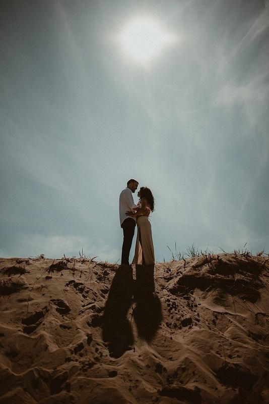 90-Eliot-Lupita-Wedding_Lume-Photography-elopement-destination-michigan-harbor-elope-usa-beach-summer-outdoor-intimate-ceremony