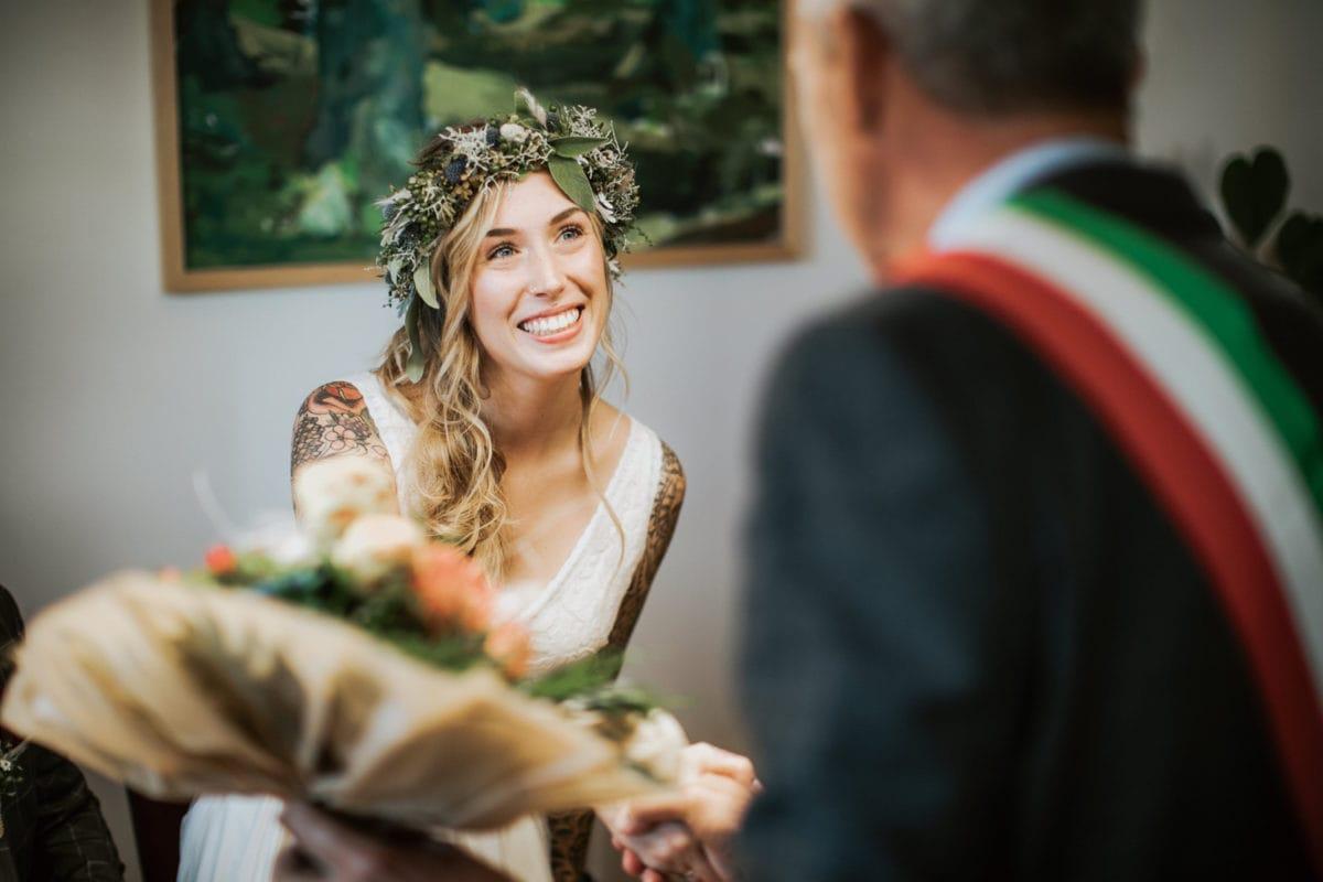 Blitzkneisser36-Foto-Pragser-Wildsee-Hochzeit-italy-elopement-wedding-photographer-packages-destination-boho-bride-lake-lago-di-braies-intimate-mountain-adventure