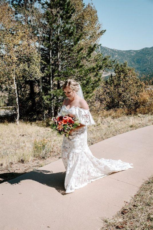 Courtney24-Lynn-colorado-adventure-elopement-packages-destination-wedding-photographer-estes-park-elope-intimate-ceremony-aisle