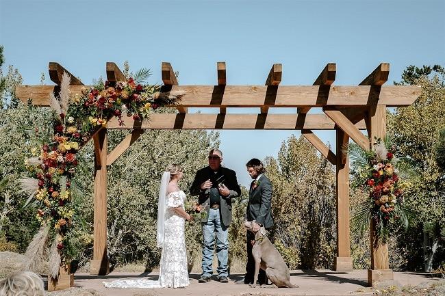 Courtney27-Lynn-colorado-adventure-elopement-packages-destination-wedding-photographer-estes-park-elope-vows