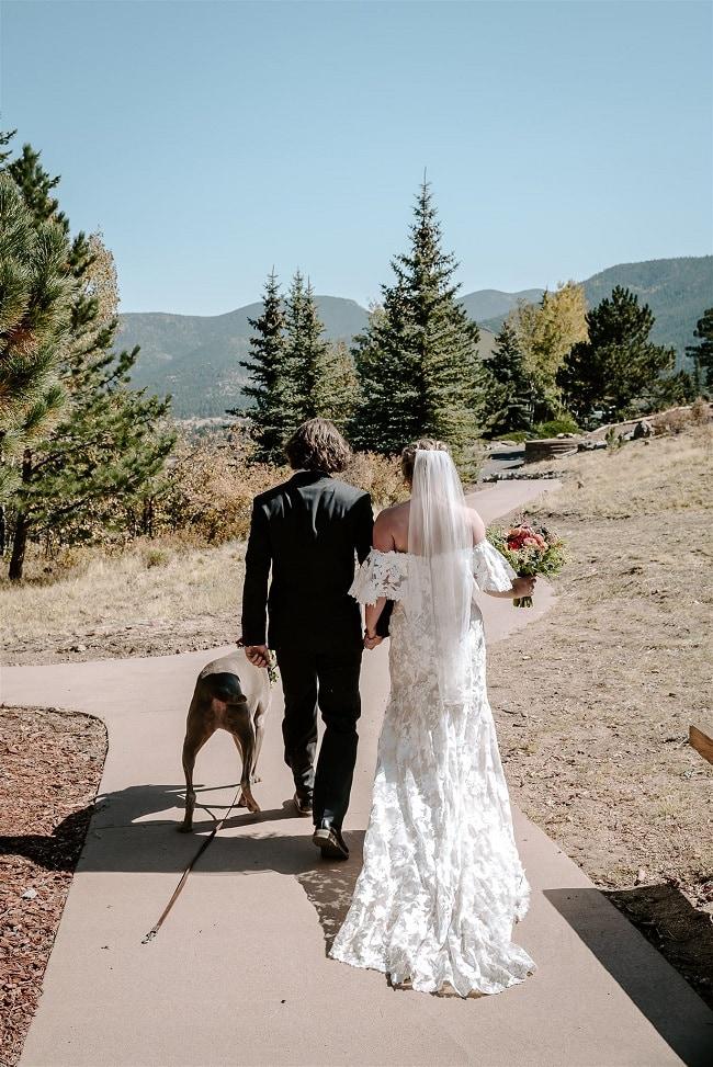 Courtney38-Lynn-colorado-adventure-elopement-packages-destination-wedding-photographer-estes-park-elope-newlyweds