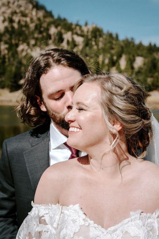 Courtney46-Lynn-colorado-adventure-elopement-packages-destination-wedding-photographer-estes-park-elope-hug