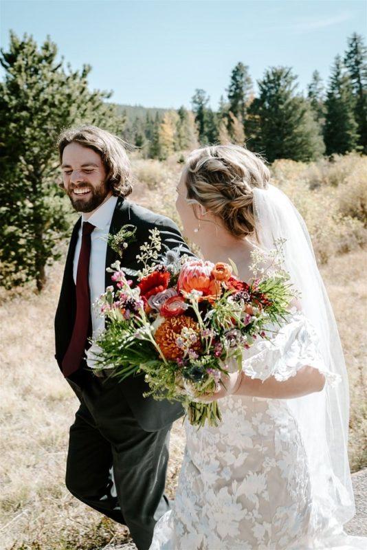 Courtney49-Lynn-colorado-adventure-elopement-packages-destination-wedding-photographer-estes-park-elope-happy