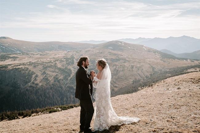 Courtney61-Lynn-colorado-adventure-elopement-packages-destination-wedding-photographer-estes-park-elope-love-letter