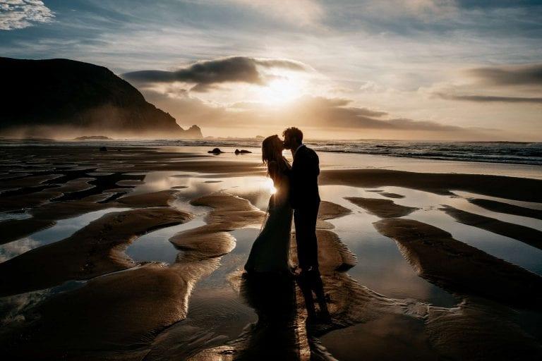 Hochzeit-in-Portugal-an-der-Algarve-17-elopement-wedding-beach-intimate-ceremony-coast-sand-sea-sunset-love-elope