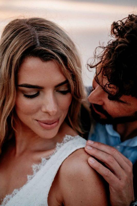 Hochzeit-in-Portugal-an-der-Algarve-27-elopement-wedding-beach-intimate-ceremony-coast-sand-sea-sunset-love-elope