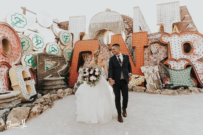 JAMIEY-elopement-photographer-las-vegas-packages-micro-wedding-destination-intimate-small-elope-usa-neon-museum
