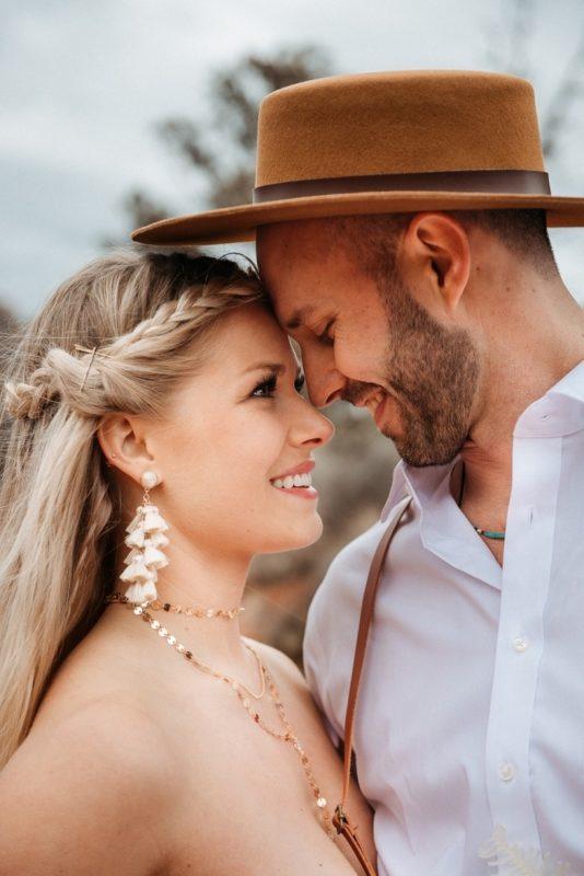 Jaci10-Berkopec-Bohemian-Chic-Vibes-Destination-Elopement-Intimate-Wedding-Photographer-Sedona-Arizona-Adventure