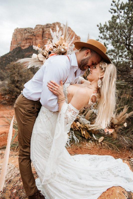 Jaci13-Berkopec-Bohemian-Chic-Vibes-Destination-Elopement-Intimate-Wedding-Photographer-Sedona-Arizona-Adventure