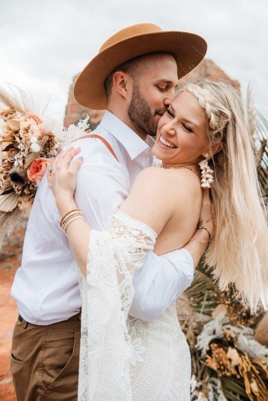 Jaci16-Berkopec-Bohemian-Chic-Vibes-Destination-Elopement-Intimate-Wedding-Photographer-Sedona-Arizona-Adventure