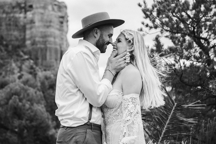 Jaci18-Berkopec-Bohemian-Chic-Vibes-Destination-Elopement-Intimate-Wedding-Photographer-Sedona-Arizona-Adventure