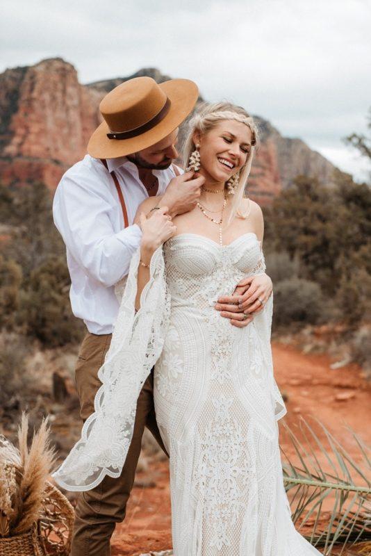 Jaci20-Berkopec-Bohemian-Chic-Vibes-Destination-Elopement-Intimate-Wedding-Photographer-Sedona-Arizona-Adventure