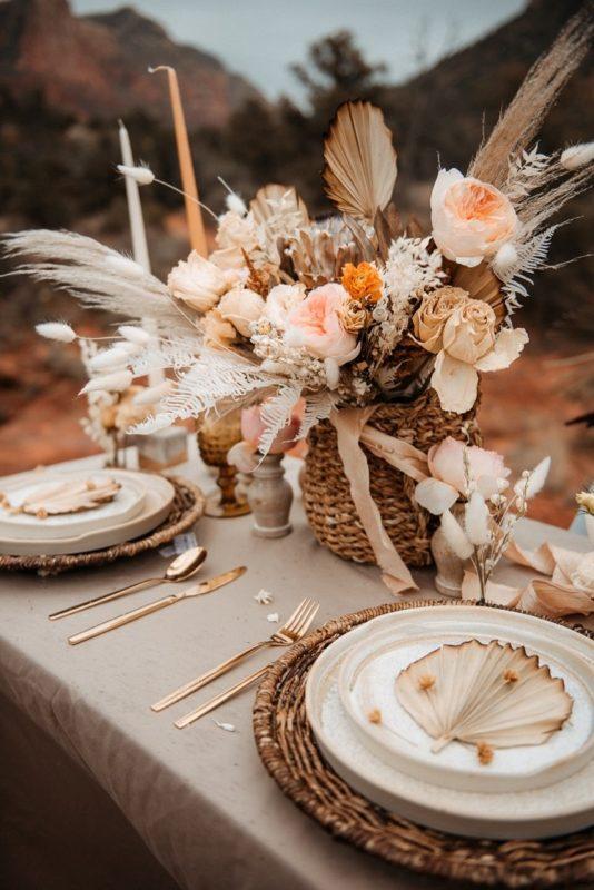Jaci32-Berkopec-Bohemian-Chic-Vibes-Destination-Elopement-Intimate-Wedding-Photographer-Sedona-Arizona-Adventure