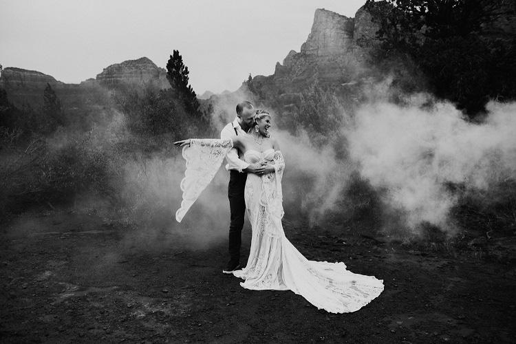 Jaci49-Berkopec-Bohemian-Chic-Vibes-Destination-Elopement-Intimate-Wedding-Photographer-Sedona-Arizona-Adventure