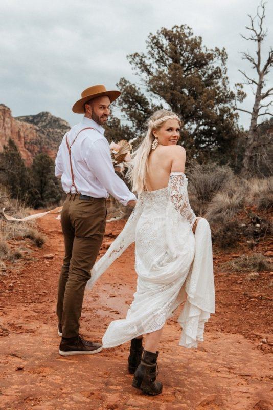 Jaci7-Berkopec-Bohemian-Chic-Vibes-Destination-Elopement-Intimate-Wedding-Photographer-Sedona-Arizona-Adventure