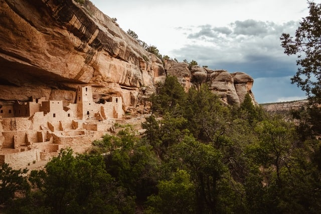 alec-krum-mesa-verde-national-park-elopement-colorado-usa-elope-intimate-outdoor-destination-wedding-marry-adventure-historic-wed
