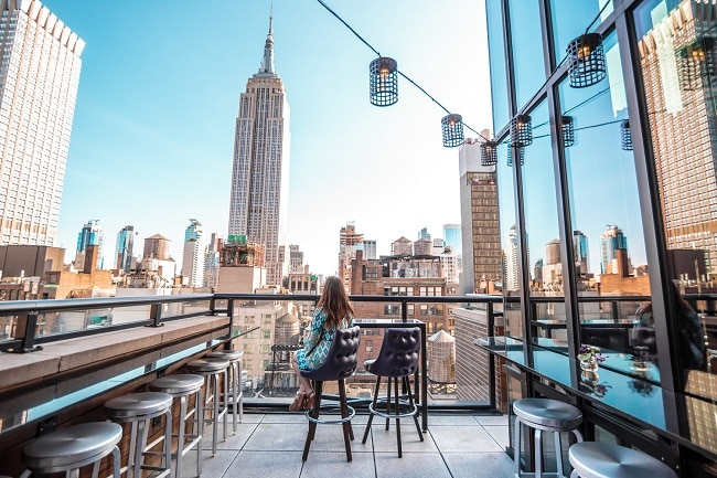 archer-hotel-spyglass-rooftop-bar-new-york-elopement-destination-wedding-big-apple-intimate-ceremony-small-outdoor-elope-adventure-nyc1