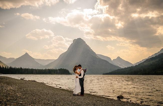 carrie-ann-montana-destination-elope-intimate-small-mountain-adventure-east-Glacier-National-Park-elopement-wedding-photographer-two-medicine-lake2