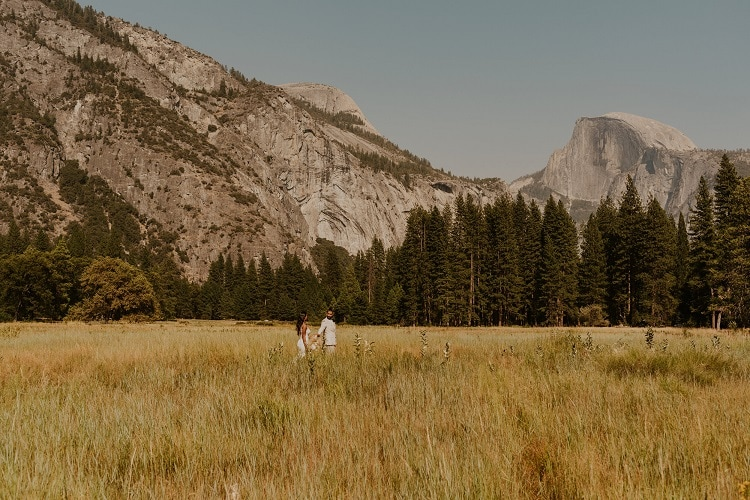 carrie-rogers-photography-yosemite-valley-national-park-adventure-elopement-california-outdoor-intimate-destination-wedding-love