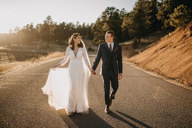 courtney-chau-colorado-elopement-wedding-destinaton-photographer-usa-best-places-to-elope-usa-intimate-ceremony-adventure-rocky-mountains