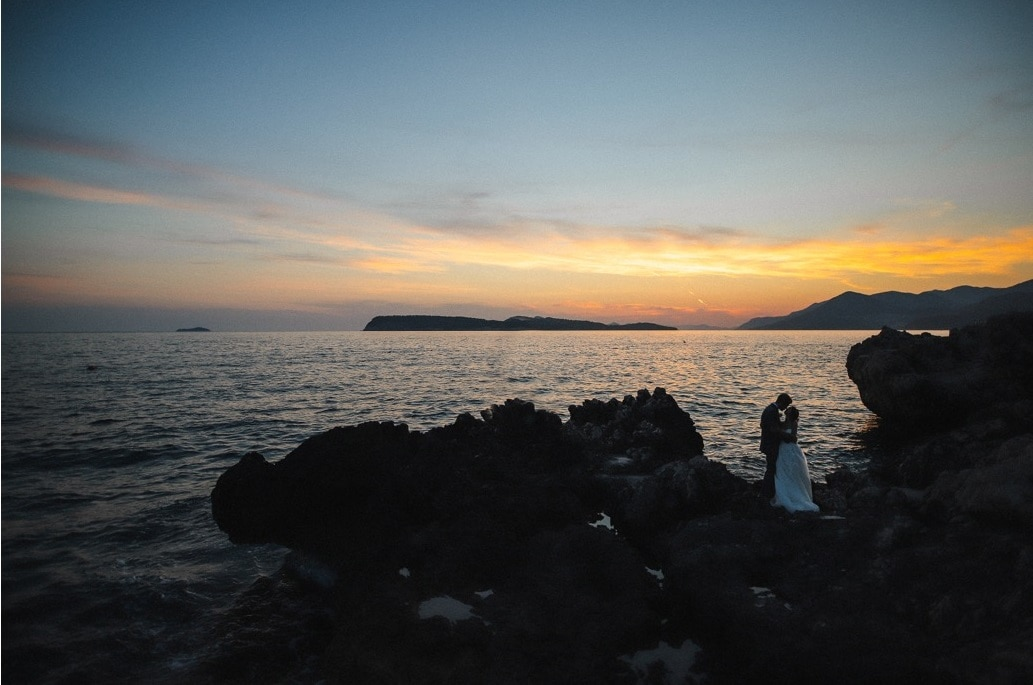 intimate_destination_wedding_dubrovnik_jasmina_matthew_love_and_ventures_photography_croatia-elope-sea-sand-sunset-elopement-europe-coast