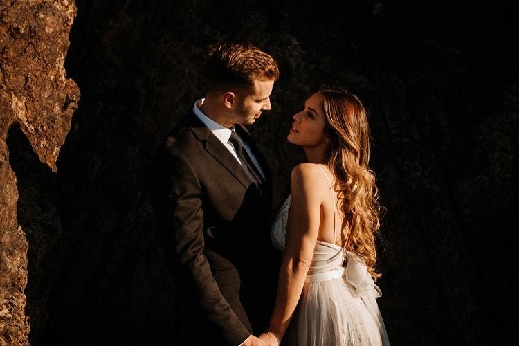jaci16-berkopec-elopement-wedding-photographer-epic-sunset-golden-hour-oregon-manzanita-beach-sand-sea-coast-washington-pnw-maine-new-jersey-york