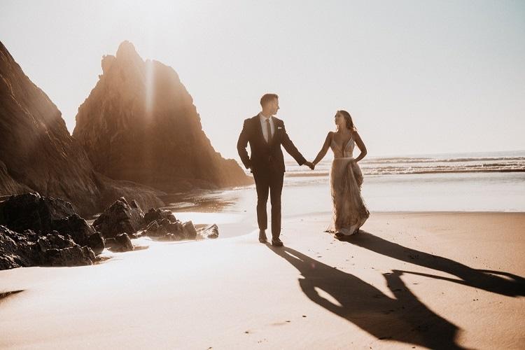 jaci19-berkopec-elopement-wedding-photographer-epic-sunset-golden-hour-oregon-manzanita-beach-sand-sea-coast-washington-pnw-maine-new-jersey-york