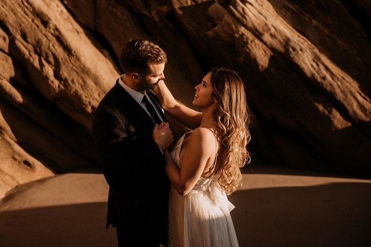 jaci32-berkopec-elopement-wedding-photographer-epic-sunset-golden-hour-oregon-manzanita-beach-sand-sea-coast-washington-pnw-maine-new-jersey-york