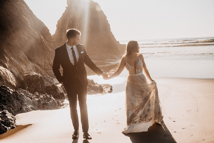 jaci38-berkopec-elopement-wedding-photographer-epic-sunset-golden-hour-oregon-manzanita-beach-sand-sea-coast-washington-pnw-maine-new-jersey-york
