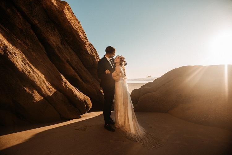 jaci52-berkopec-elopement-wedding-photographer-epic-sunset-golden-hour-oregon-manzanita-beach-sand-sea-coast-washington-pnw-maine-new-jersey-york