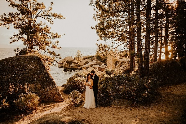 lake-tahoe-elopement-alllison-slater-photography-destination-wedding-micro-packages-california-usa-elope-love