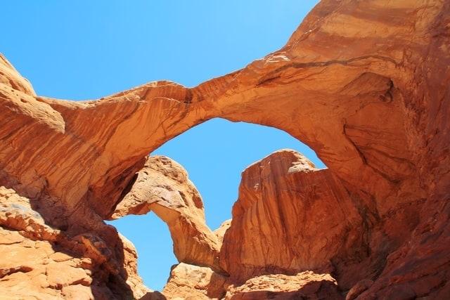 mattia-bericchia-arches-national-park-utah-elopement-destination-wedding-packages-elope-usa-red-rock-ceremony