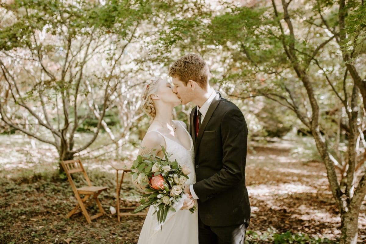mt-wilson-blue-mountains-elopement-wedding-destination-packages-coronavirus-intimate-outdoor-autumn-fall-gardens-hayleyrafton-kiss-elope-australia-sydney