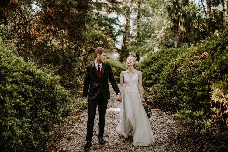 mt-wilson-blue-mountains-elopement-wedding-destination-packages-coronavirus-intimate-outdoor-autumn-fall-gardens-hayleyrafton-laugh-elope-australia-sydney