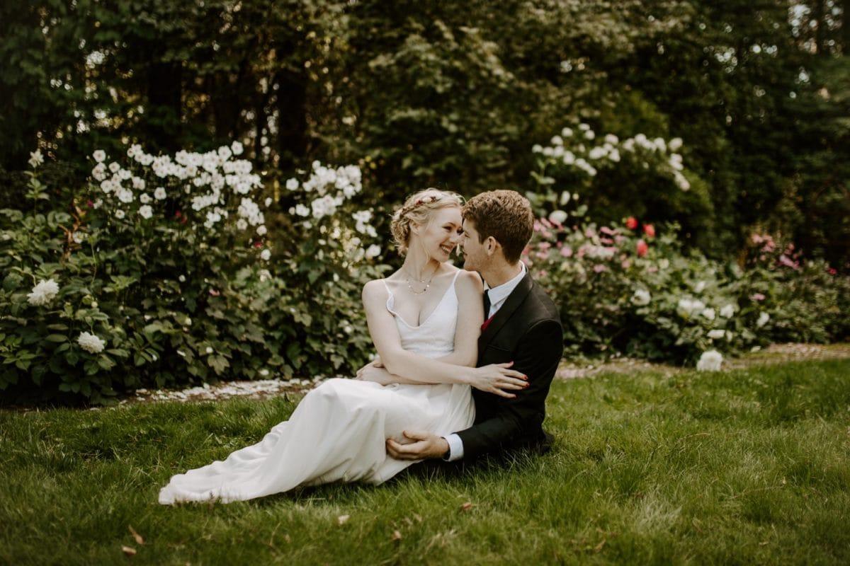 mt-wilson-blue-mountains-elopement-wedding-destination-packages-coronavirus-intimate-outdoor-autumn-fall-gardens-hayleyrafton-relaxed-elope-australia-sydney