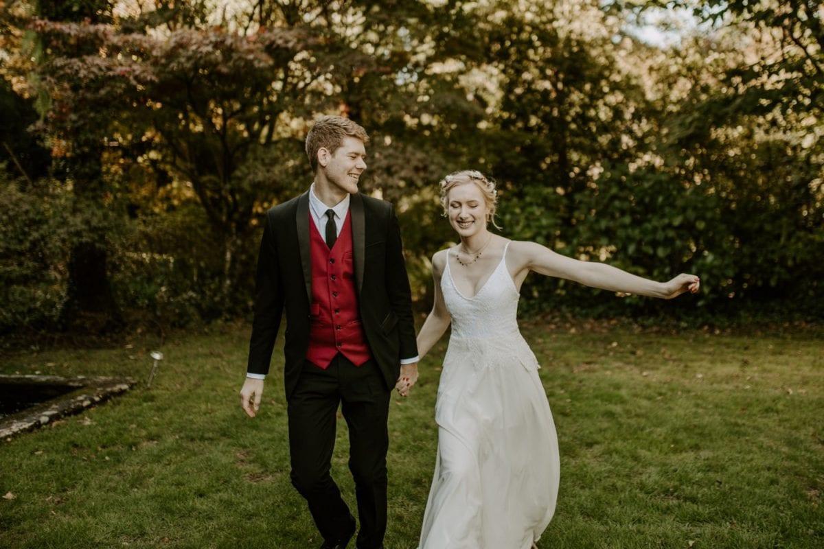 mt-wilson-blue-mountains-elopement-wedding-destination-packages-coronavirus-intimate-outdoor-autumn-fall-gardens-hayleyrafton-run-elope-australia-sydney
